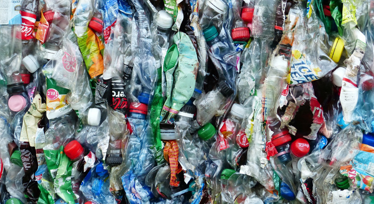 Plastic consumer products contain harmful and unknown substances