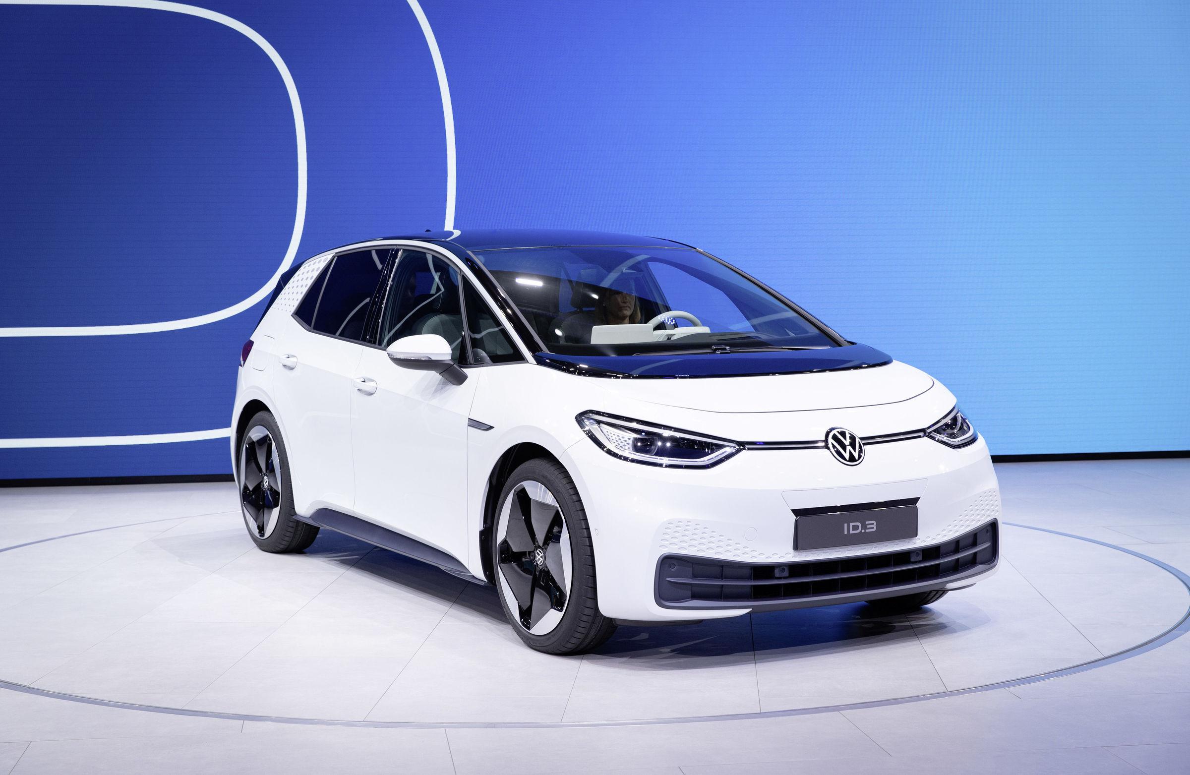 volkswagen.de   Der neue ID.3 - Der ID.3 ist das erste Modell einer völlig neuen Generation von Elektroautos auf Basis des Modularen E-Antriebs-Baukastens (MEB) von Volkswagen.