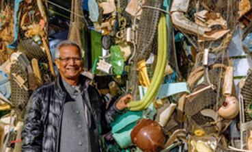 Plastik, die Jahrhundertaufgabe. Jetzt greift der Friedensnobel-preisträger ein: Fünf Kreativlabore des Yunus Environment Hub wollen die Plastikverschmutzung stoppen. © Creative Commons