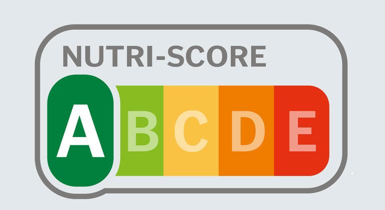 """bmel.de   """" Wir fordern sämtliche Lebensmittelhersteller und den Handel von Aldi bis Zott auf, mitzumachen und ihre Produkte mit dem Nutri-Score zu versehen,"""" Luise Molling foodwatch-Expertin"""