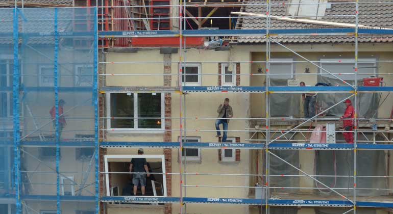 Energetische Gebäudesanierungen unbürokratisch von der Steuer absetzen