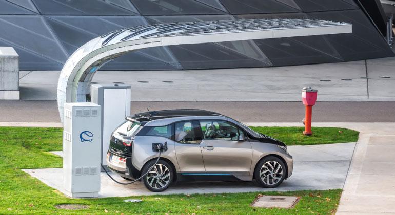 Depositphotos | Ozef | Die Gründe, warum ein Elektroauto beim nächsten Autokauf nicht in Frage kommt, sind vielfältig.