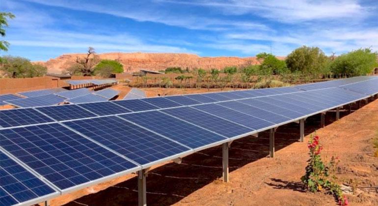 www.kraftwerk-rps.com | Die Atacama-Wüste in Chile gilt als der beste Photovoltaik-Standort der Welt.