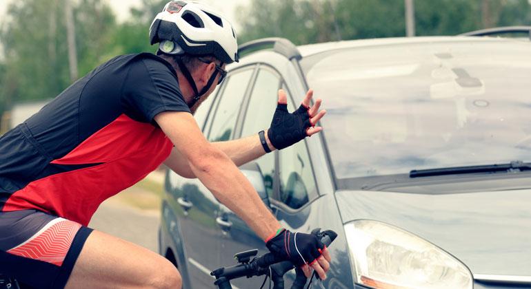 Depositphotos | Amaviael | Je mehr Menschen auf das Fahrrad umsteigen, umso besser können Menschen zukünftig in Städten und Kommunen leben. Mehr Radverkehr bedeutet weniger Autos, weniger Stau und weniger schlechte Luft.