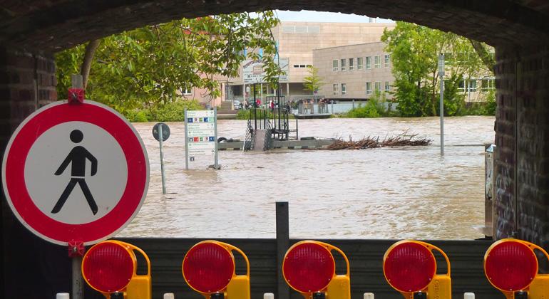 pixabay.com | Hermann | Städte sind durch Extremwetterereignisse, wie etwa Starkregenfälle, stark verwundbar.