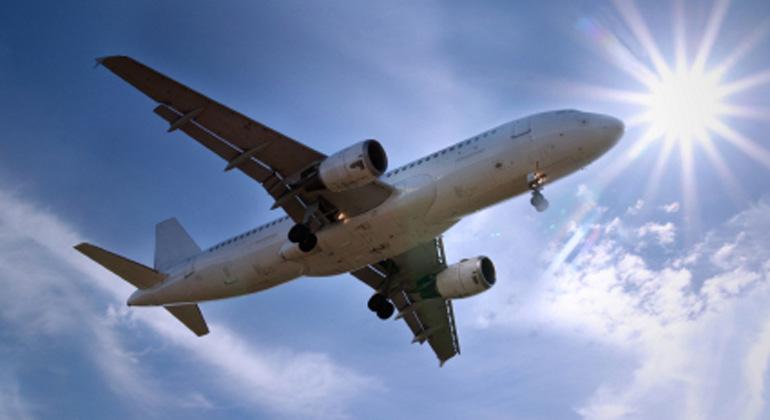 istockphoto.com | picmov | Die Emissionen von Flugzeugen sind besonders schädlich für das Klima