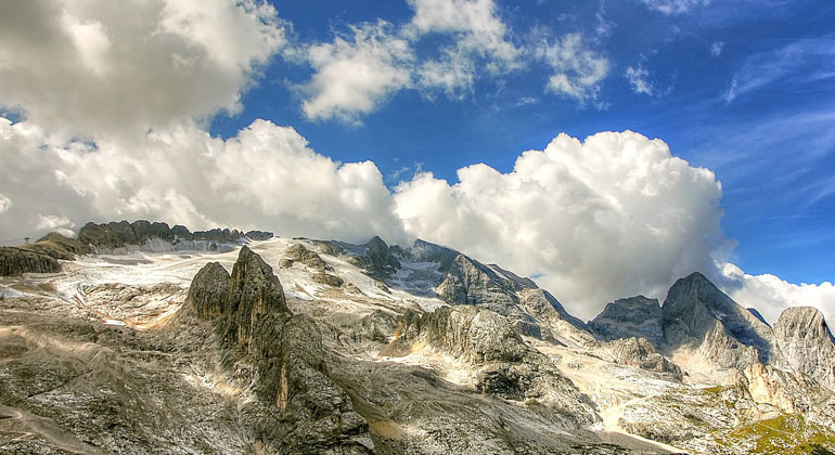 Höchster Berg der Dolomiten bis 2050 eisfrei