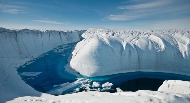 Grönlands Eispanzer schrumpft immer schneller