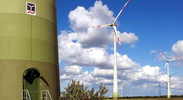 Reduziertes Ausbauziel von Windenergie an Land bedroht Klimaziele und Industrie