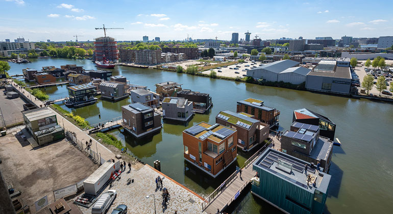 Fraunhofer ITWM | Isabel Nabuurs | The water settlement in the north of Amsterdam is complete since September 2019.