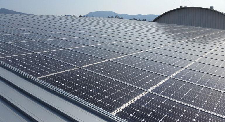 Hoffen auf Solardeckel-Aus: Mittelständler sehen größtes Potenzial in Photovoltaik