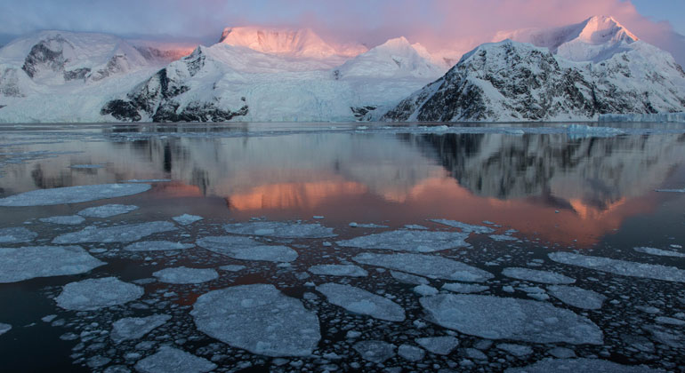 New research first to relate Antarctic sea ice melt to weather change in tropics