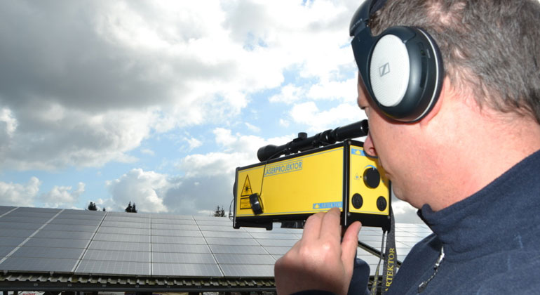 Mit dem Laser Anlage dokumentieren und Fehler finden