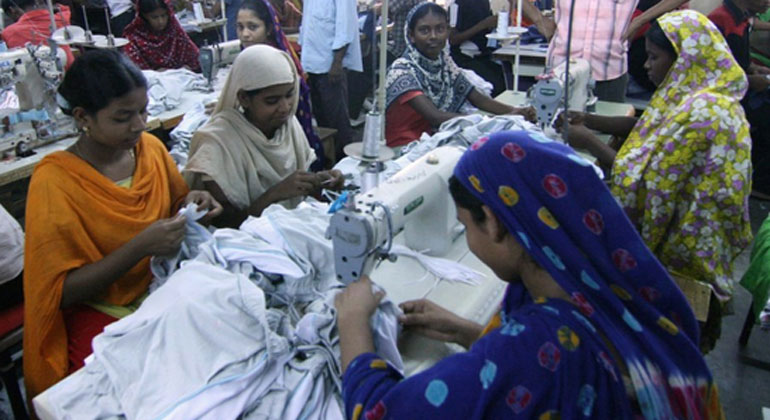 bangladesch.org   Textilarbeiterinnen in Bangladesch