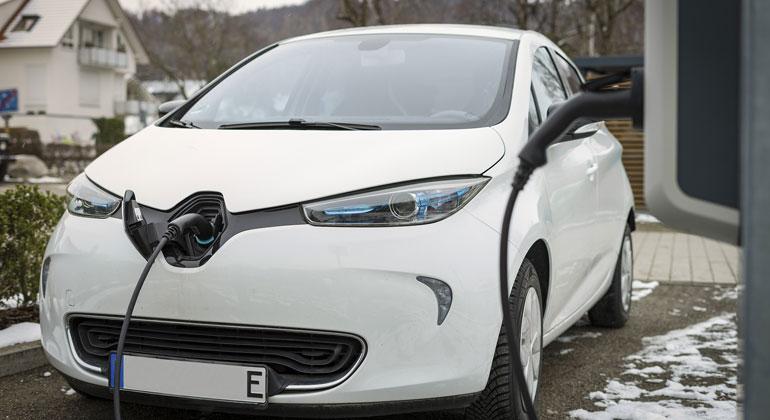 E-Mobility Studie zeigt: Verkaufswachstum von E-Fahrzeugen in Europa weiter ungebrochen hoch