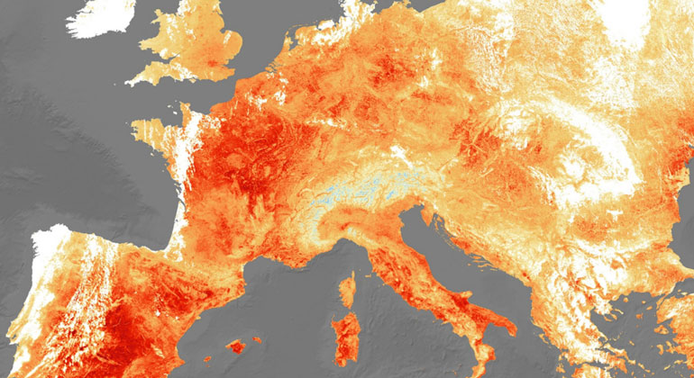 d-copernicus.com | Extreme Heat. In July 2019 the temperature in Paris reached a dizzying 41°C, breaking its previous record from 1947. contains modified Copernicus Sentinel data (2019), processed by ESA, CC BY-SA 3.0 IGO