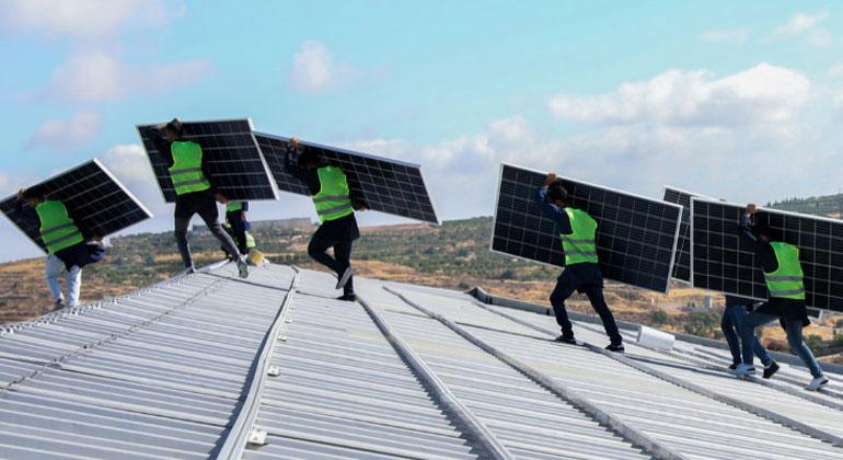 Altmaier alarmiert Solarbranche