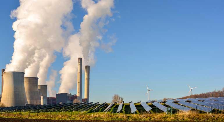 Erneuerbare legen als einziger Energieträger im ersten Quartal zu