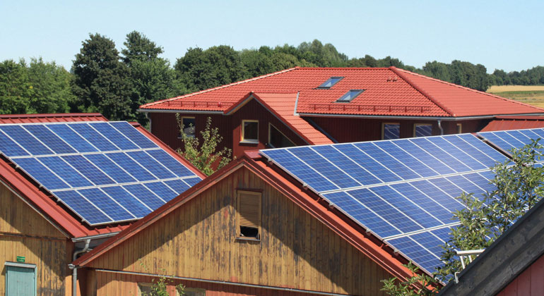 NATURSTROM spannt Rettungsschirm für PV-Projekte von Bürgerenergie-Partnern auf