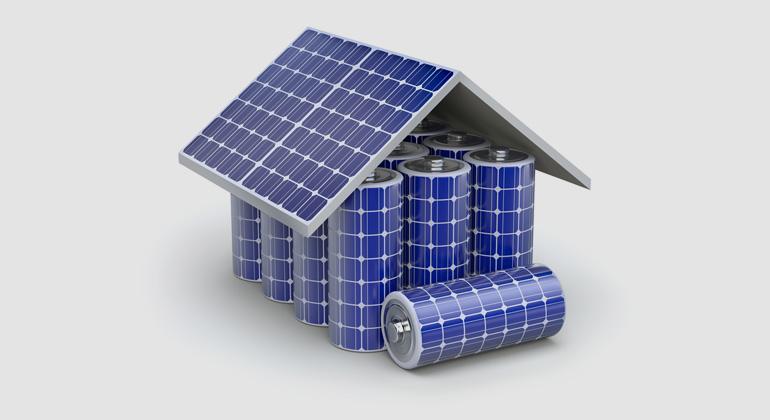 Depositphotos | mipan | Nun – wenn Sie ihre eigene Photovoltaik-Anlage auf Ihrem eigenen Hausdach nicht mehr selbstbestimmt nutzen dürfen, sondern eine pauschale Nutzungsgebühr an den Netzbetreiber abführen müssen, dann ist das kein freundlicher Akt.
