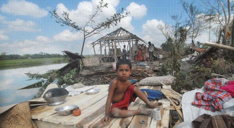 andheri-hilfe.de | Der Klimawandel wird vor allem Menschen in ärmeren Ländern heimatlos machen. Einem Klimaspiel von Max-Planck-Forschern zufolge sind diese bereit, Maßnahmen zum Klimaschutz zu unterstützen, wenn reichere Länder schon ein Mindestmaß an Anstrengungen unternommen haben.
