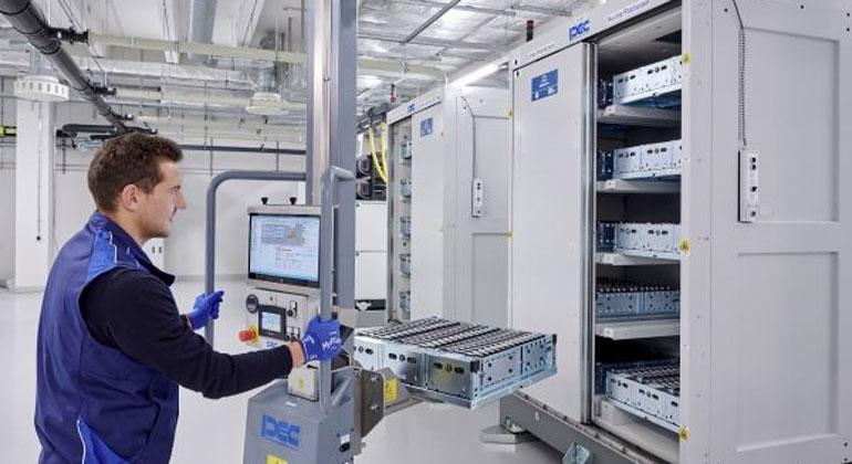BMW Group entwickelt nachhaltigen Wertstoffkreislauf für Batteriezellen