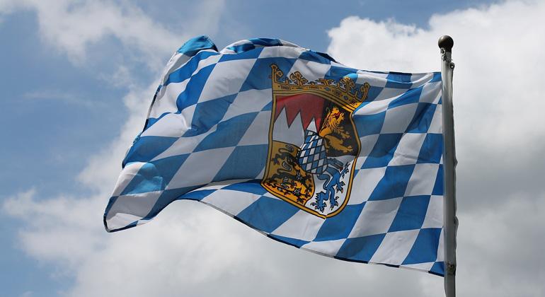 pixabay.com | Lilaminze | Die Landesregierung in Bayern setzt auf Photovoltaik.