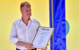 circ-lizenzfrei | peterspiegel.de | Planetary Consciousness Award für Rüdiger Fox