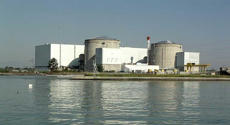 WikimediaCommons | remistokopf | Das Kernkraftwerk Fessenheim am Oberrhein ist endgültig heruntergefahren worden. Bis es demontiert ist, werden aber noch Jahrzehnte vergehen.