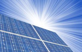 Depositphotos | almir1968 | Wie weit können die Preise für Solarmodule noch sinken? Aktuell scheinen auch bei den Produkten der Top-Hersteller nach unten keine Preisgrenzen zu existieren – Projektpreise im Megawattbereich von unter 18 Cent pro Watt-peak sind keine absolute Ausnahme mehr.