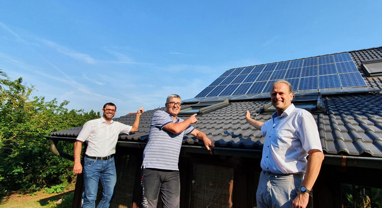 Stadtwerke Roth nehmen Solarstrom aus lokalen Post-EEG-Anlagen ab