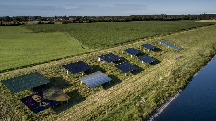 Stowa | A pilot PV project on a Dutch dike.