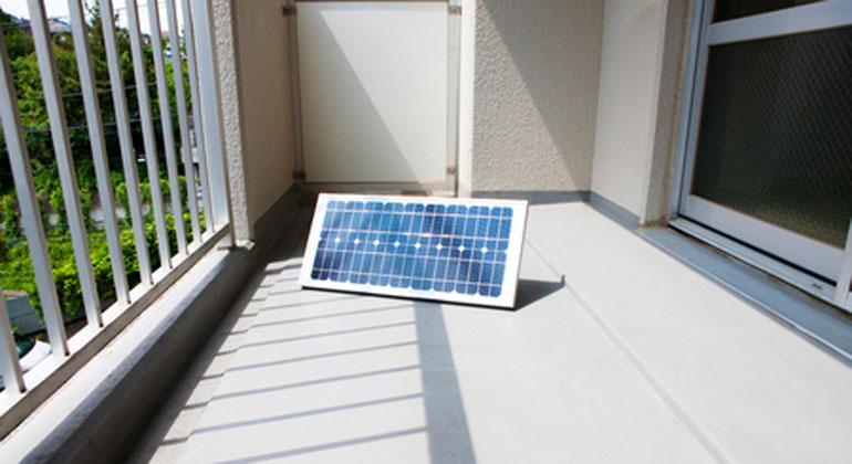 Plug-In-PV: Grüner Strom vom Balkon