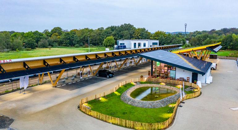 Europas größter E-Auto-Ladepark ist eröffnet