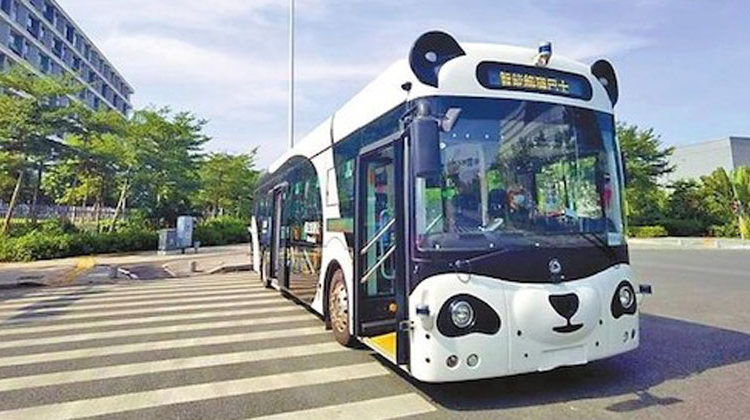 City of Shenzen / The first driverless E-bus in Pingshan in the city of Shenzen