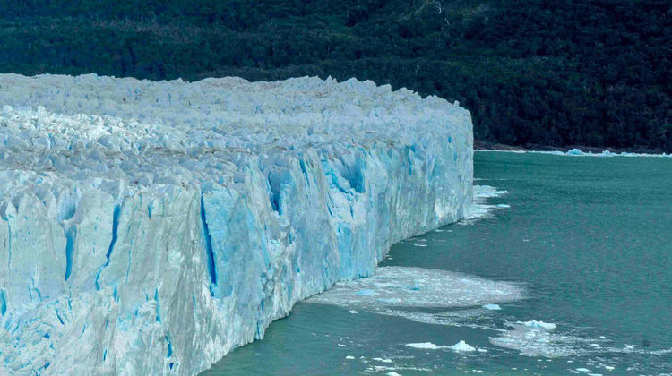 uni-heidelberg.de | Jörg Pross | Die Stabilität von Eisschilden wird durch warmes Meerwasser gefährdet.