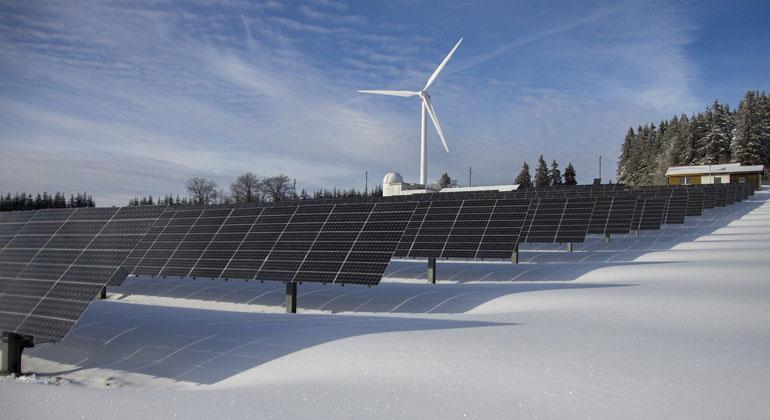 Höhere Ausbauziele für die Erneuerbaren Energien im Stromsektor endlich umsetzen