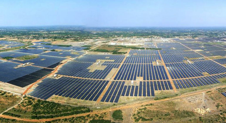 WikiCommons | Financial Express | Kamuthi SolarPark Indien
