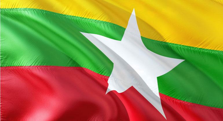 pixabay.com   jorono   Myanmar   Flagge
