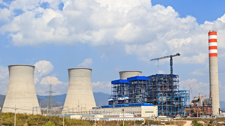 Depositphotos.com | mathisa | Braunkohlekraftwerk Asien