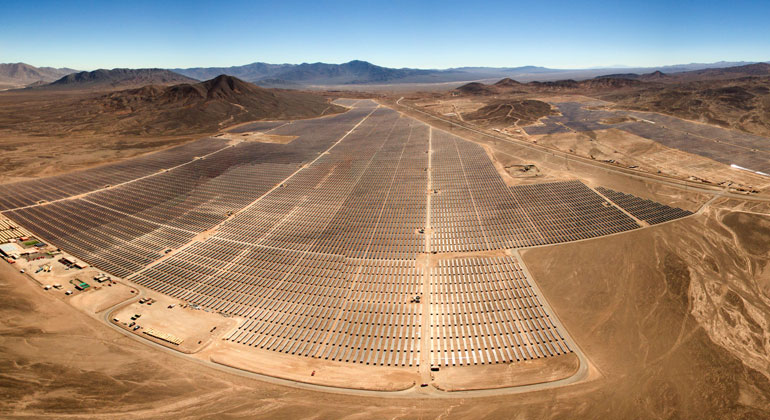 Unsplash.com | Antonio Garcia | Chile Solarkraftwerk