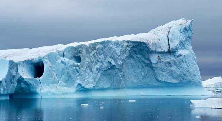 Teile des grönländischen Eisschildes könnten Kipppunkt überschreiten