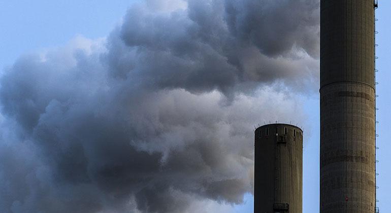 Verschenkte Milliarden beim Emissionshandel
