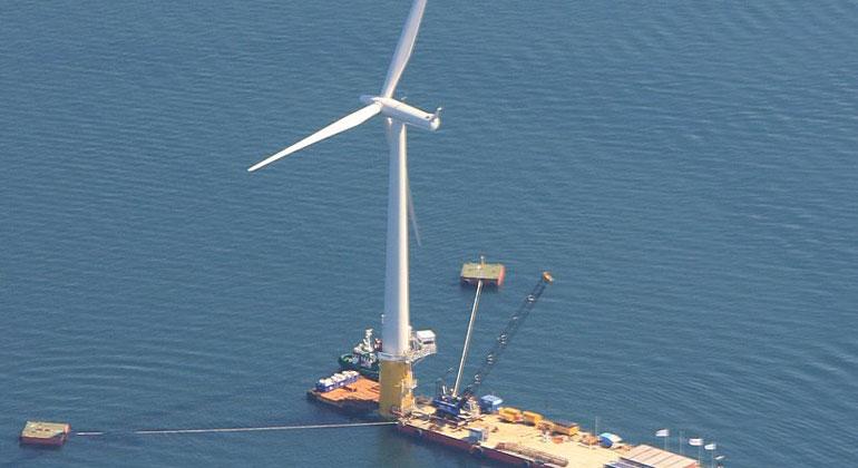 Weltweit größtes schwimmendes Windkraftwerk fertig